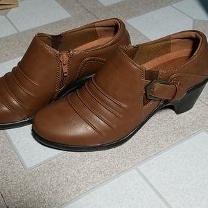 Easy Street heels